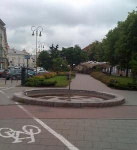 Neveikiantis fontanas Vokieciu gatveje