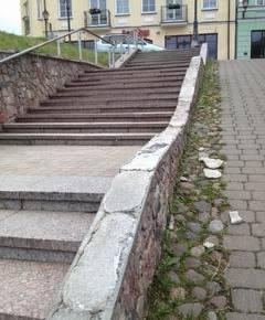 Laiptų vandalizmas prie Bokšto g./Tymo