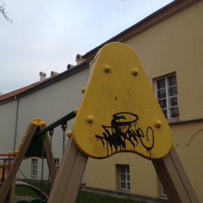 Vaikų žaidimo aikštelės įrangosvandalizmas