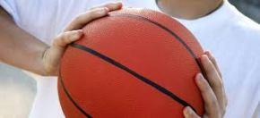 Statome krepšinio aikštelęSenamiestyje
